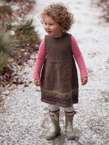 https://www.whistlinggirlknits.com/wp-content/uploads/2014/04/FieldGuide-1-of-51.jpg