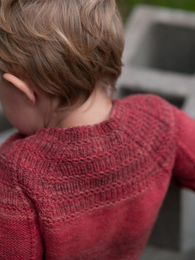 PinkSweater915-3
